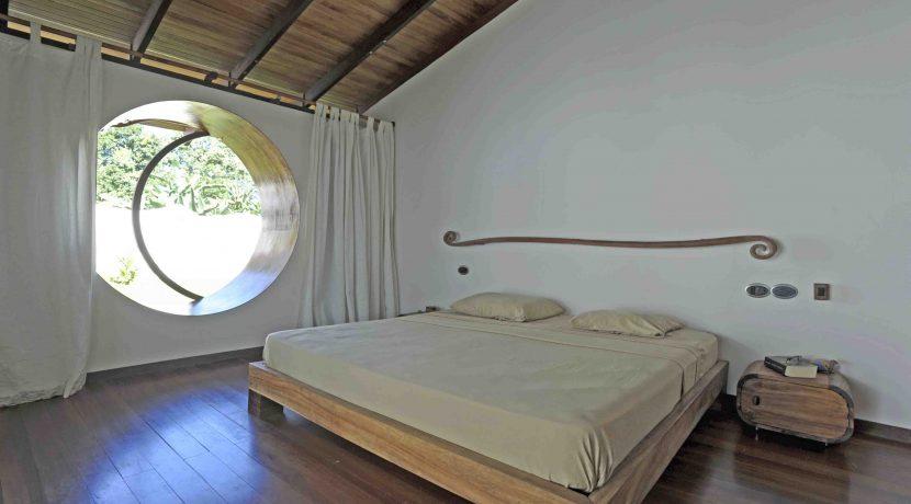 -2663-casa gaudi-ph v giannella